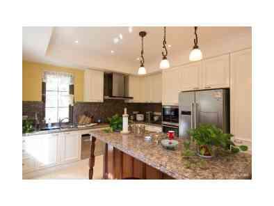 古典风格厨房装修效果图 (7)
